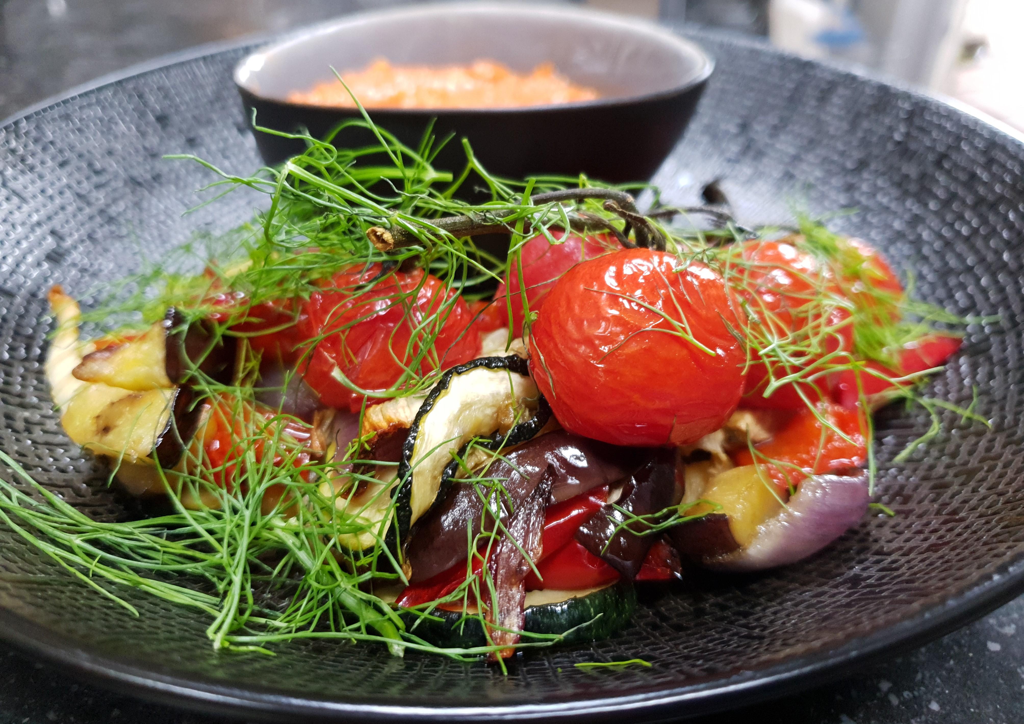 Grilled veggies&romesco